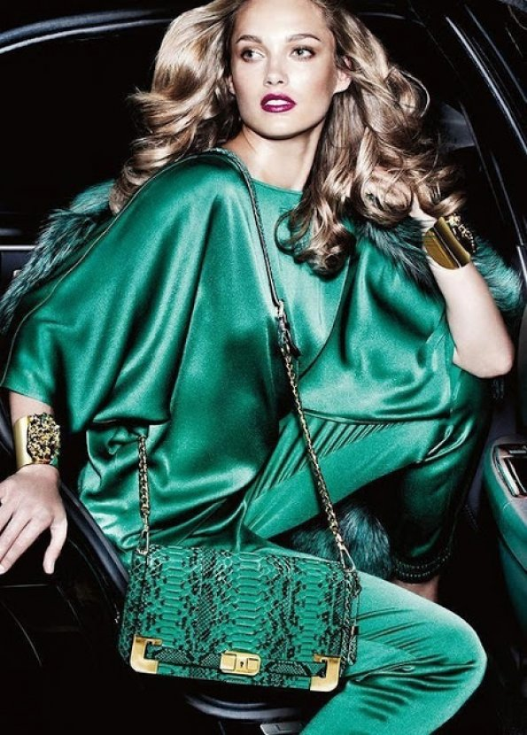 2013 moda rengi zümrüt yeşili..