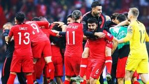 A Milli Futbol Takımı Avrupa Şampiyonası'na katılmayı garantiledi.İşte detaylar...