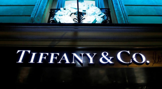 Louis Vuitton, Tiffany & Co.'yu satın alıyor!İşte detaylar...